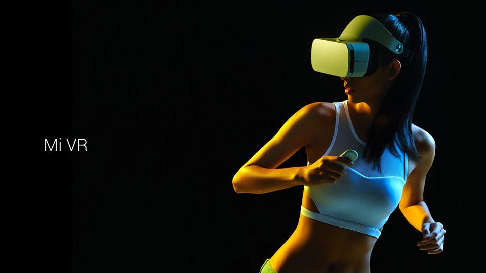 Mi VR Headset White девушка