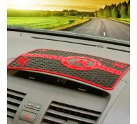 Антискользящий коврик на панель авто